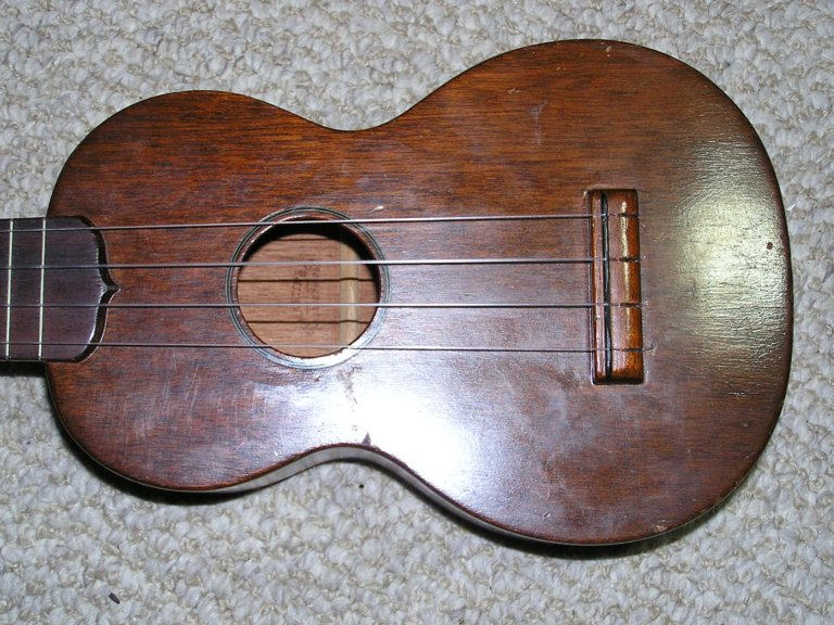 dating martin ukulele